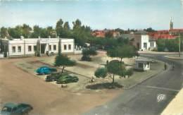 KHOURIBGA - La Place Mohammed V, La Poste Et L'Eglise - Maroc