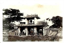 Viêt-Nam. Annam, Hue, Le Palais Des Empereurs D'Annam. - Viêt-Nam