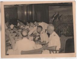 Photo originale officiers du Paquebot des Messageries Maritimes Pierre Loti au d�jeuner Fresque beau format