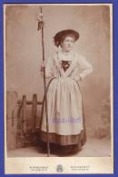 0021 / CAB A. Hirschbeck, Eichstätt - Junge Dame In Tracht Folklore - Cabinet Photo - Groß Cdv - Alte (vor 1900)