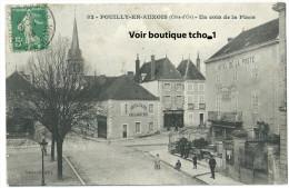 POUILLY En AUXOIS,Un Coin De La Place - Altri Comuni