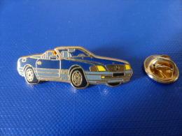 Pin's Arthus Bertrand - Voiture Mercedes Bleue (AD6) - Arthus Bertrand