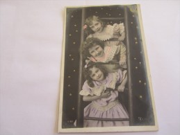 CPA FILLETTES 1906 - Children And Family Groups