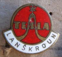 Nikola TESLA Company Czechoslovakia Electronic Industry Lanskroun Pin Badge - Merken