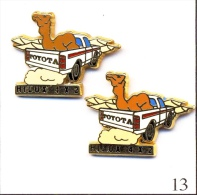 LOT 2 Pin´s - Automobile - Toyota / Hi-Lux 4 X 2 - 2 Tons Marrons Différents. Est. Arthus Bertrand. Zamac. T418-13. - Toyota