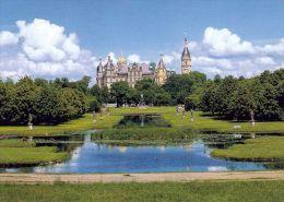 1 AK Germany * Schwerin - das Schloss und der Schlossgarten *