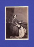 0023 / Walker, Cavendish Sqre - CDV - Dame - Carte De Visite - Alte (vor 1900)