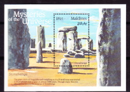 Maldives-1992-Mysteries Of The Universe-Stonehenge - Archéologie