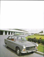 AUTOMOBILES - VOITURES DE TOURISME - PEUGEOT SUPER LUXE 404 AVEC CARACTÉRISTIQUES - FORMAT CARTE POSTALE SE PLI EN DEUX - Voitures De Tourisme