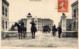 D54  TOUL GARNISON 39ème Régiment D'Artillerie Entrée Du Quartier De La Justice - Toul