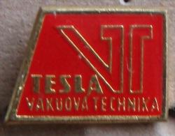 Nikola TESLA Company Czechoslovakia Electronic Industry Vakuova Technika Pins Badges - Marche