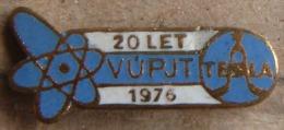 Nikola TESLA Company Czechoslovakia Electronic Industry VUPJT Pin Badge - Markennamen