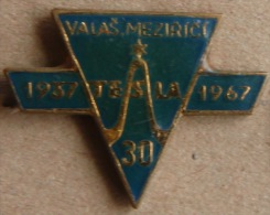 Nikola TESLA Company Czechoslovakia Electronic Industry Valasske Mezirici Pin Badge - Marcas Registradas