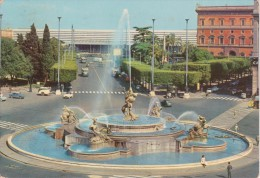 ROMA Stazione Termini, Animata Con Autobus Ed Auto D´epoca - Stazione Termini