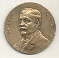 DR. LEON PEREIRA MEDALLA ESCULTOR J. M. LUBARY EN EL ANVERSO AÑO 1928 MEDALLA CIRCULAR RARISIME - Firma's