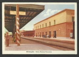 Battipaglia: Interno Stazione Ferroviaria - Battipaglia