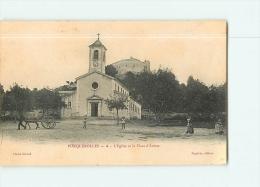 PORQUEROLLES : L'Eglise Et La Place D'Armes. 2 Scans.  Edition Figuière - Porquerolles