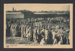 DF / MAROC / MARRAKECH / LE MARCHÉ AUX TAPIS / TRES ANIMÉE / CIRCULÉE EN 1934 - Marrakesh