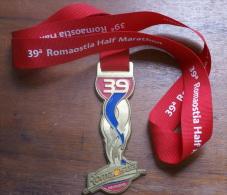 ITALIA 2013-  MEDAGLIA IN BRONZO DELLA 39^ ROMAOSTIA HALF MARATHON - Atletica