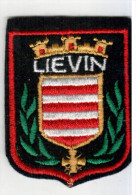 ECUSSON TISSU LIEVIN PAS DE CALAIS  ARMOIRIES BLASON - Blazoenen (textiel)