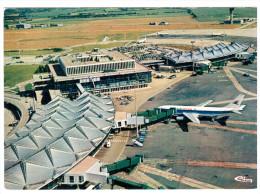 CPSM AEROPORT INTERNATIONAL LYON SATOLAS AIRPORT AVION PLANE ED CIM - Aérodromes