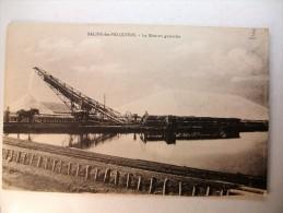 Carte Postale Salins Des Pesquiers La Mise En Gamelles (non Circulée) - Other Municipalities