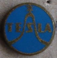 Nikola TESLA  Czechoslovakia Electronic Industry Electricity Pins Badges - Marche