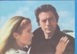POSTCARD ROMANIA FILM HOUSE ACIN  ACTOR CATHERINE DENEUVE ALAIN DELON - Acteurs