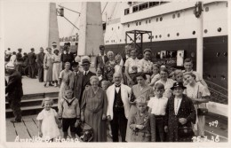 Carte Photo Originale Navire - Sur le quai d'embarquement du Amerika O. Hansa - Hambourg/Amerika le 15.07.1938