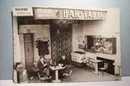 EGUILLES    ---   Bar-Tabacs-Hotel   - Maison  : DEVAUX - Sonstige Gemeinden