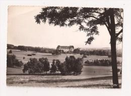 ( 88 )  VITTEL L'Ermitage Et Le Golf - Vittel Contrexeville