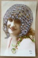 Photo CEKO 434 Portrait Femme Ste Catherine Coiffe Decor ART NOUVEAU PAILLETTES Argent - Saint-Catherine's Day
