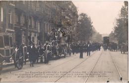 CPA RARE LES FUNERAILLES DE CHAVEZ A PARIS 1 ER OCTOBRE 1910 AVIATEUR CPA TRES ANIMEE - Aviatori