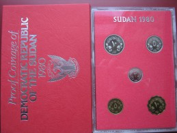 Democratic Republic Of Sudan 1980 5 Coin Set Cased Proof Royal Mint Envelope - Sudan