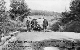 RAID PEKIN PARIS SUR AUTOMOBILES DE DION-BOUTON EN TRANSBAIKALIE COLLIONON EMBOURBE A LA SORTIE D'UN PONT - Rallyes