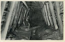 Heerlen Staatsmijnen In Limburg - Werkman In Een Galerij - Mijnen
