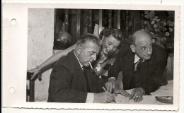 MARIAGE YVES MONTAND ET SIMONE SIGNORET + PREVERT - Famous People