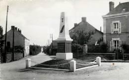 Dep - 49 - COMBREE  Le Monument CARTE PHOTO - France