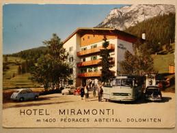 Autobus Mercedes O321, Fiat 1400, 600, Messerschmitt KR, Hotel Miramonti - PKW