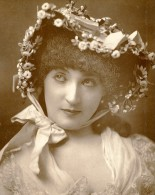Royaume Uni Londres Theatre Actrice Miss Mulholland Ancienne Photoglyptie Photo St James 1885 - Photographs