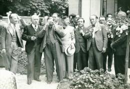 France Groupe D'Hommes Fumeurs Un Photographe Ancienne Photo 1930 - Anonymous Persons