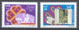 Algérie YT N°792/793 Année Mondiale Des Communications Neuf ** - Algeria (1962-...)