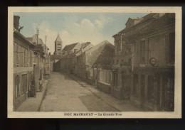 Machault La Grande Rue  (voir Char A Huile Et Pompes A Essences  Esso) - Unclassified