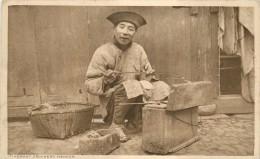 ITINERANT CROCKERY MENDER - China