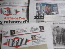 L' Arche De Zo� : Dossier Compos� De 9 Articles (Lib�ration-Le Monde) Parus Entre 2007 & 2012