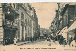 AMIENS - La Rue Des Trois Cailloux - Amiens