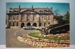 MAUBEUGE  --- La Porte De  Mons  -- CHAR - - Maubeuge