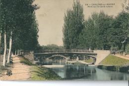 Chalons - Sur - Marne     ( 51 )      Pont  Sur  Le  Canal  Latéral .