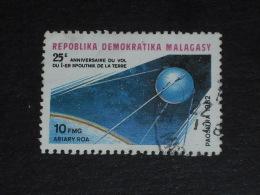 MADAGASCAR YT 669 OBLITERE - SPOUTNIK 1