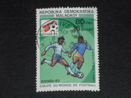 MADAGASCAR YT 674 OBLITERE - FOOTBALL COUPE DU MONDE ESPANA 82